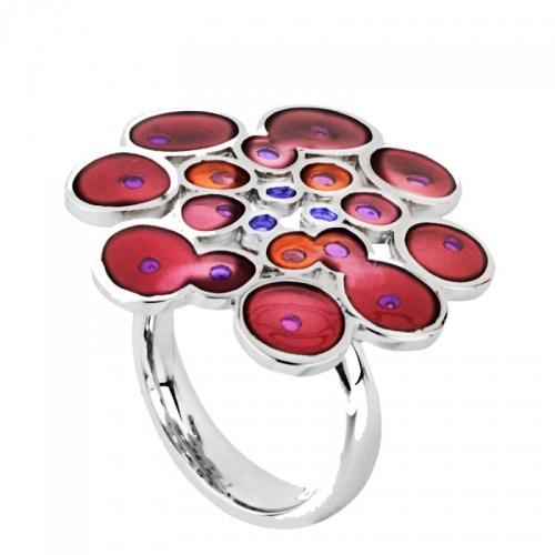 Daniel Vior Rusc Ring2, spanisches Feuer und Leidenschaft spiegelt dieser außergwöhnliche Ring wieder. In Sterlingsilber und Kaltemail.