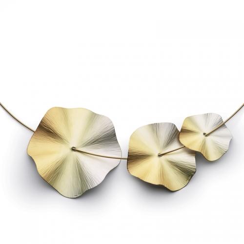 Halsschmuck Niessing Blütenscheibe IRIS in 18 karätigem Gold mit Farbv