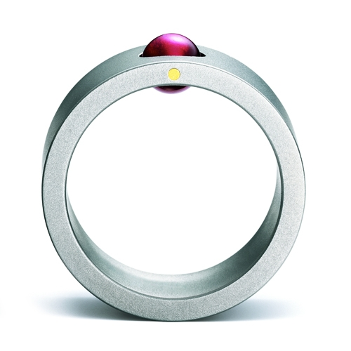 breit, schlicht, besonders und chic. Ein etwas anderer Ring