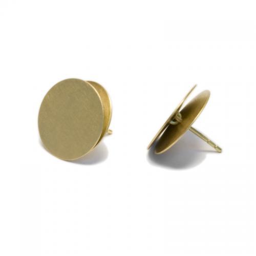 ein besonderer Ohrring in Gelbgold 750 18karat. Schlicht und perfekt g