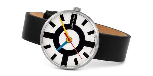 Walter Gropius Uhr mit Saphirglas, Echtlederband, Miyotawerk und 5 ATM Wasserdichte.